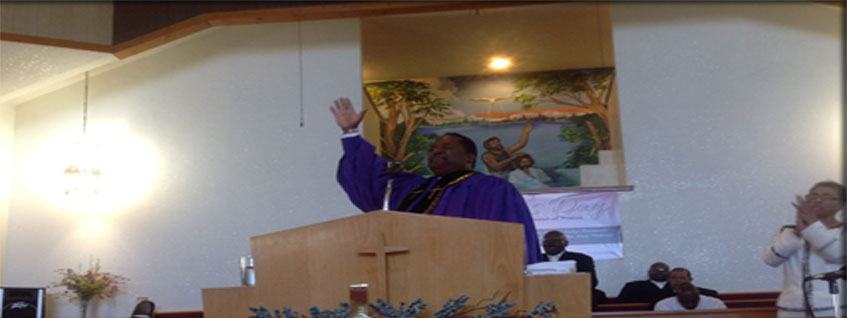 Pastor Lawrence in Pulpit
